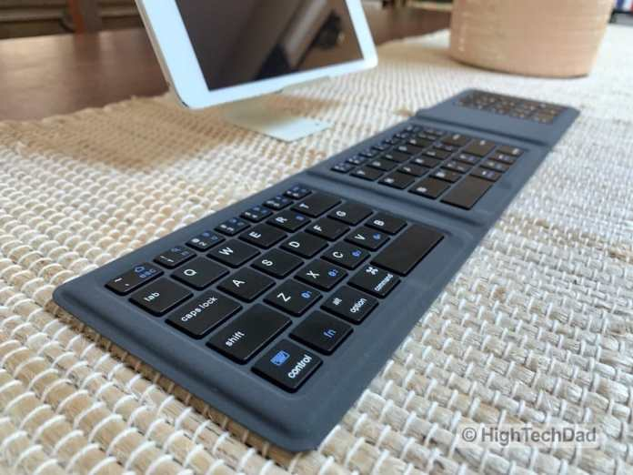 HighTechDad Kanex Foldable Bluetooth Travel Keyboard review - number pad version
