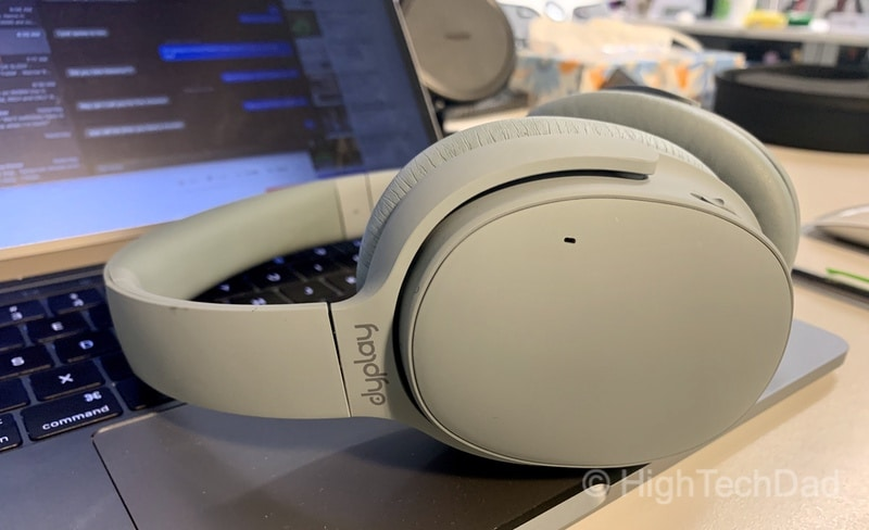 HighTechDad review: Urban Traveler ANC headphones - elegant design