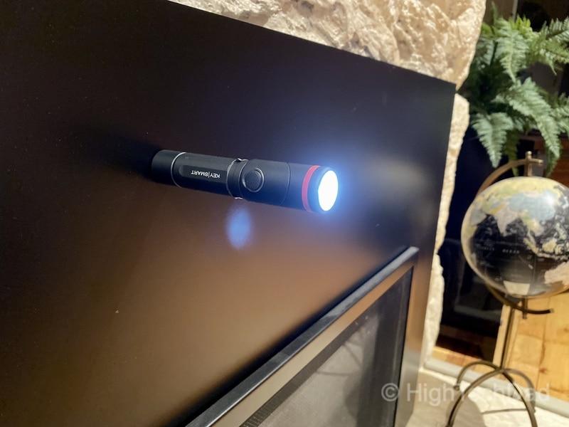 HighTechDad reviews KeySmart NanoTorch Twist LED flashlight - magnetic base