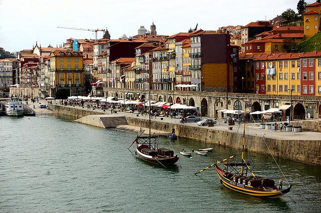 Portugal Itinerary: cais-da-ribeira1