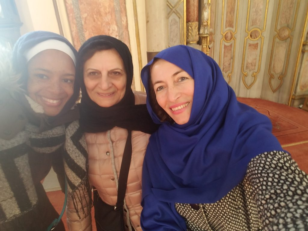 Is Istanbul safe for a woman traveling alone- Selfie time