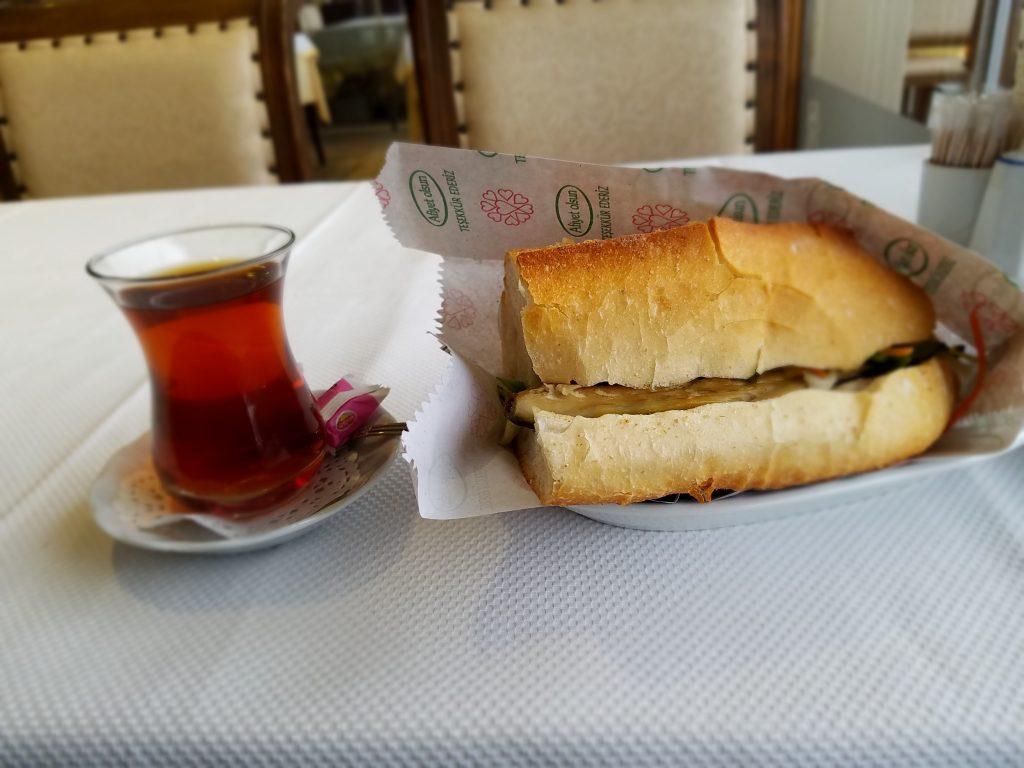 Istanbul: Balik Ekmek