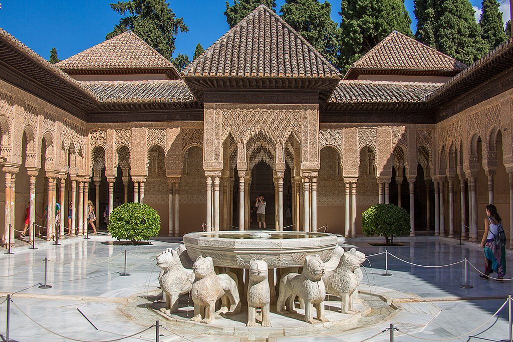 History of Moors in Spain: Spitting lions