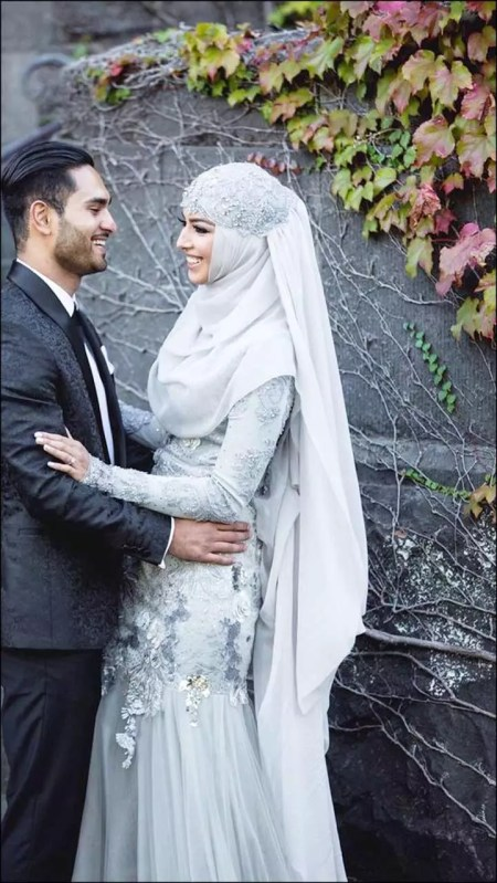 Grey-Gown-And-Lace-Hijab