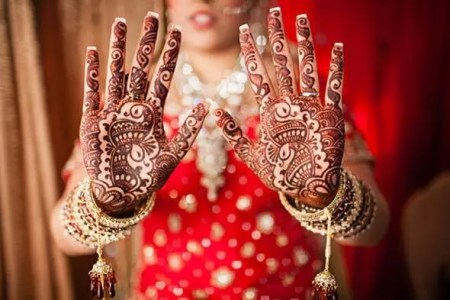 bridal-mehndi-designs-2016-2017