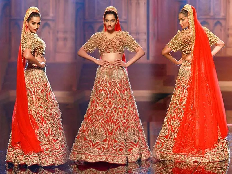 Latest Bridal Lehenga Designs By Manish Malhotra 2017