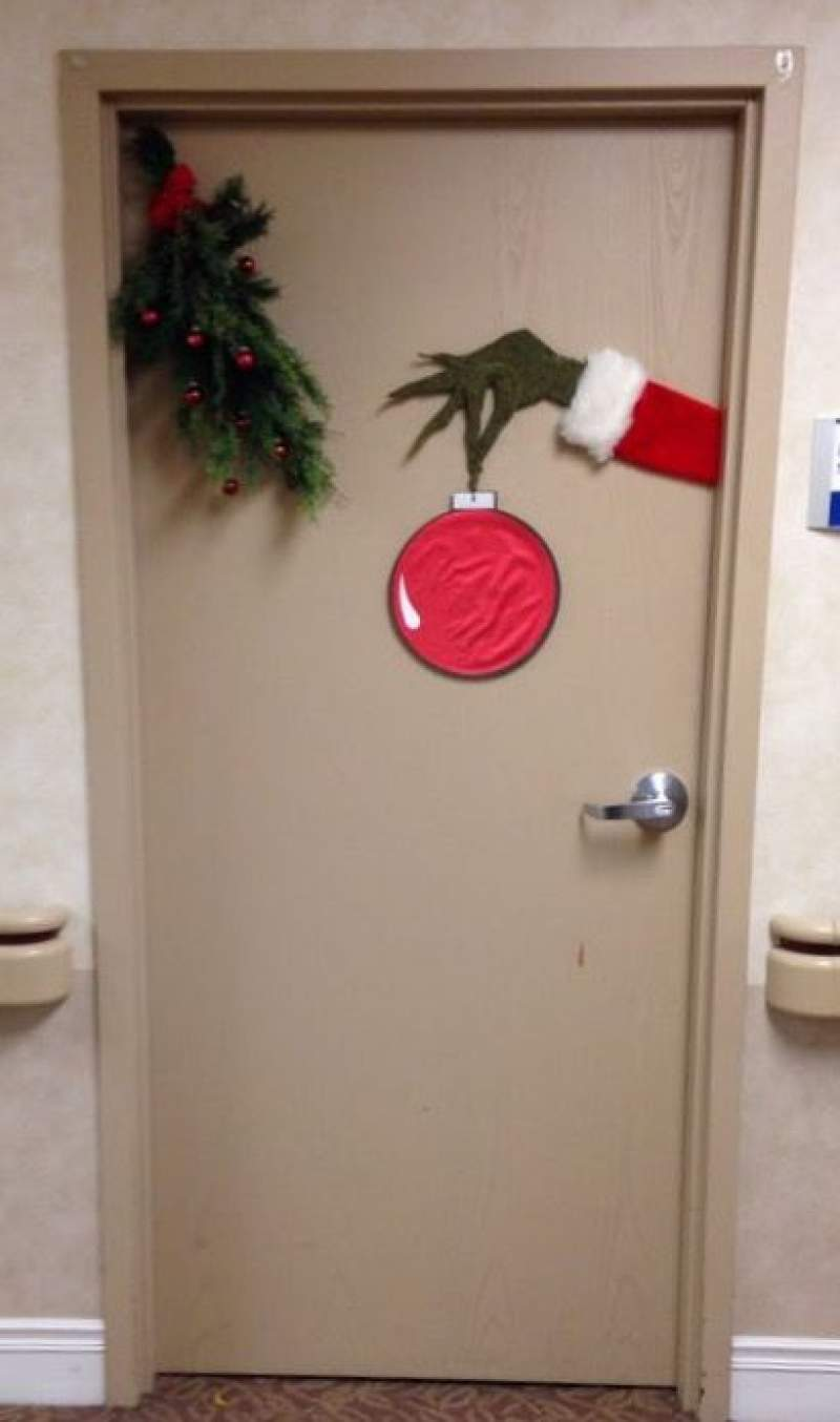 Christmas Decoration Classroom