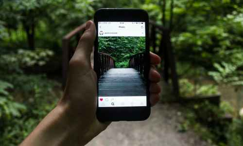 A Travel Blogger's Guide To Getting More Instagram Followers  (from a Pro Digital Marketer.)
