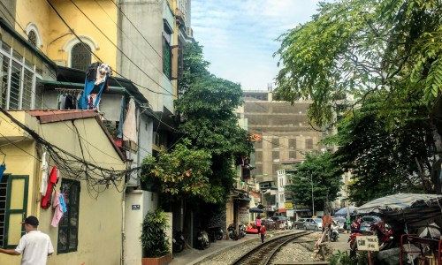 Vietnam Sleeper Trains: How to Choose Them, Avoid Them, or Embrace Them