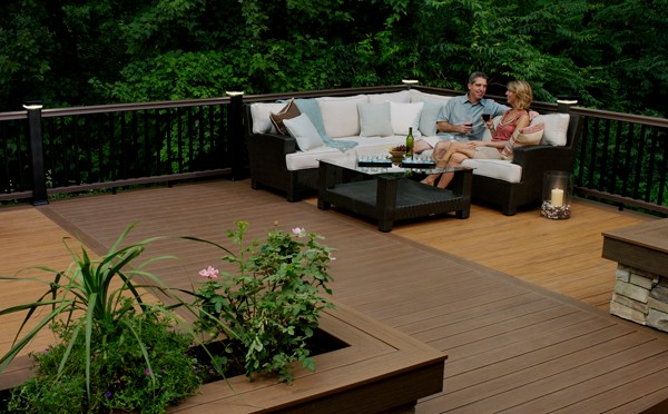 Deckin design by Hiline Builders