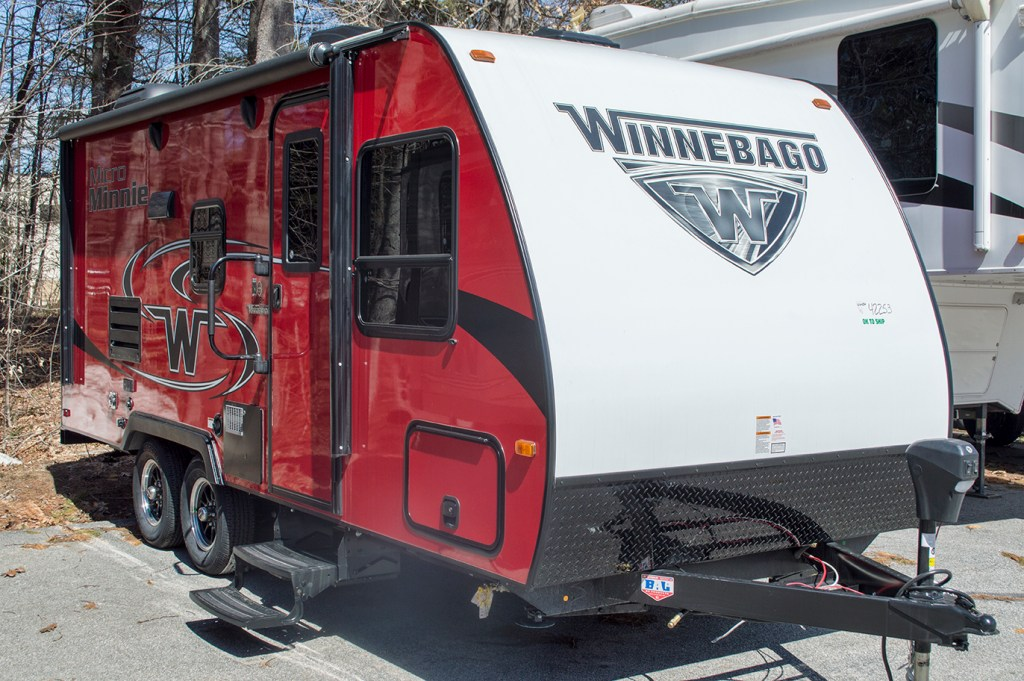 2019 Micro Minnie 2100BH - Cherry-Bunks **RV Show Season Special Price** Image