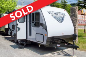 -SOLD! 2018 Micro Minnie 2106FBS Image