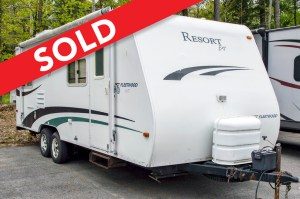 - SOLD! 2005 Fleetwood RV Resort EXT 25SB Image