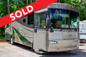 - SOLD! - 2005 Winnebago Journey 36G Image