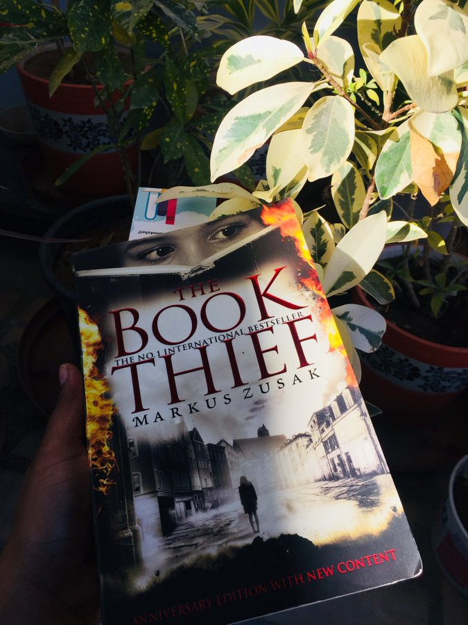 quarantine read The Book Thief by Markus Zusak review