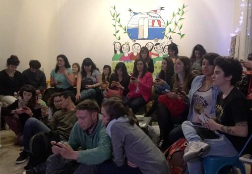 El público estuvo atento y nos hizo varias preguntas al final de la charla.