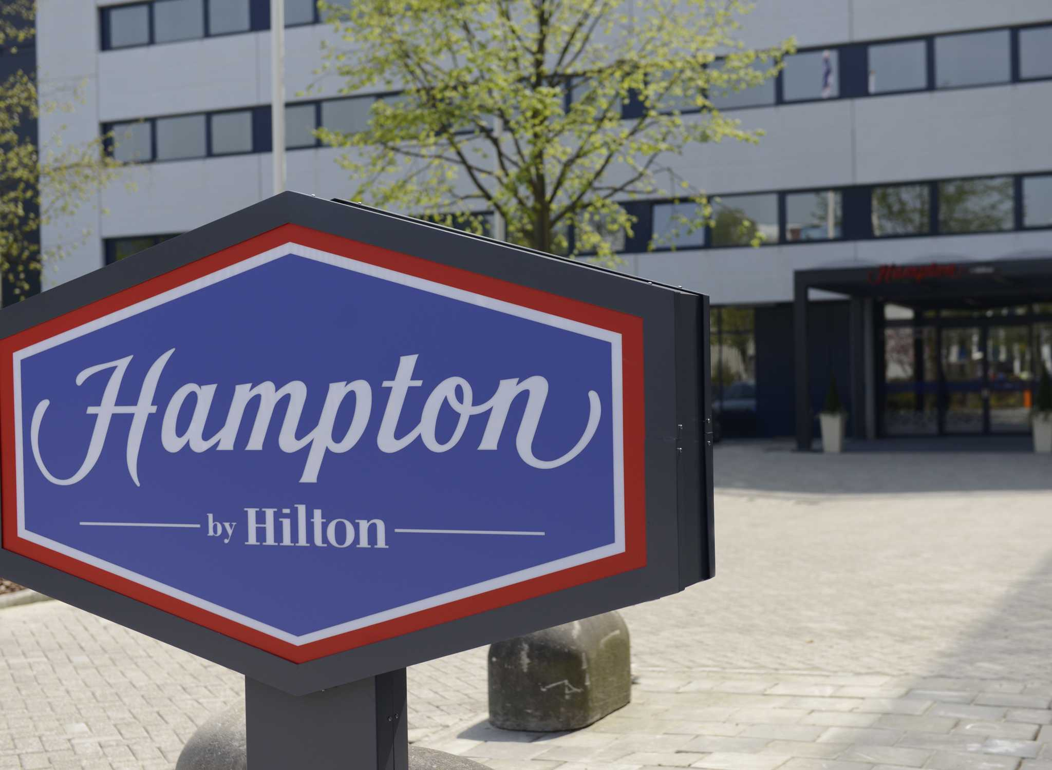 hampton by hilton rs232 wiring diagram db9 hotels and resorts niederlande holland