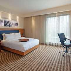Hampton By Hilton 3 Way Displays Hotel Warsaw Airport