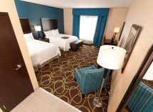Tel Hampton Inn & Suites Regina East Gate