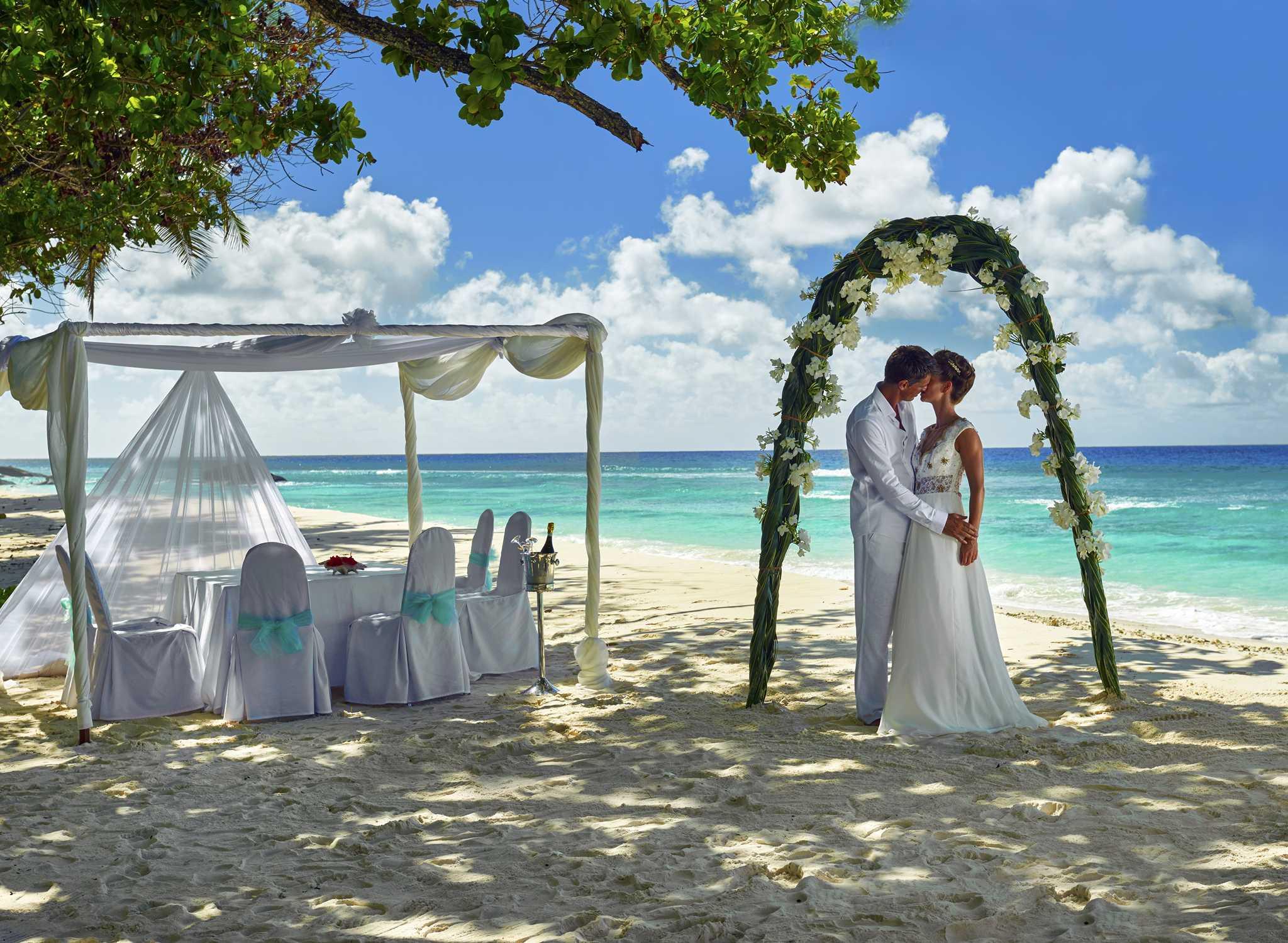 Hilton Seychelles Labriz Resort  Spa  Hotels auf den Seychellen