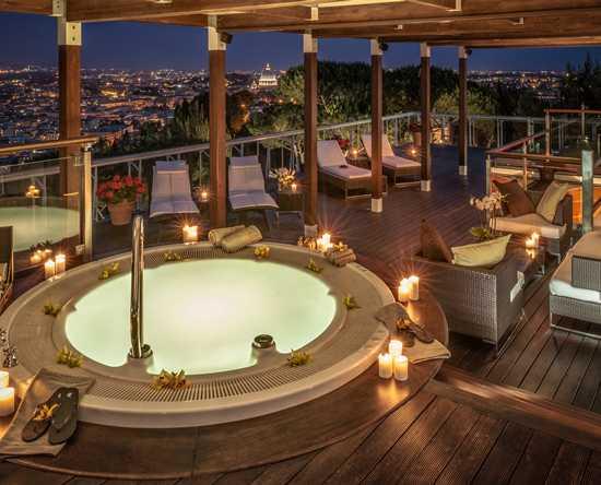 Camere e suite dhotel di lusso  Waldorf Astoria Rome