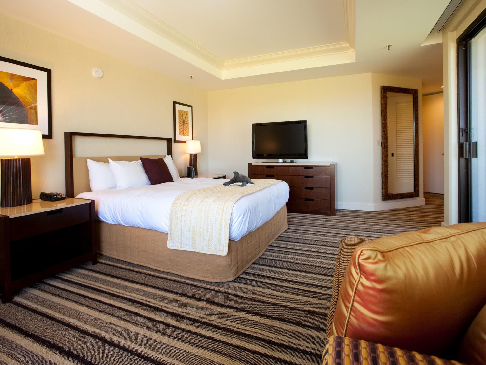Photos of Rooms  Suites at Hilton Waikoloa Village