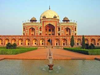Maqbara-i Humayun (Humayun's Tomb) Travel Guide 2020 3