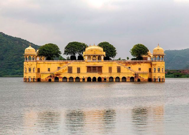 Discover The Incredible India 21