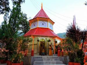 Nainital_Temple