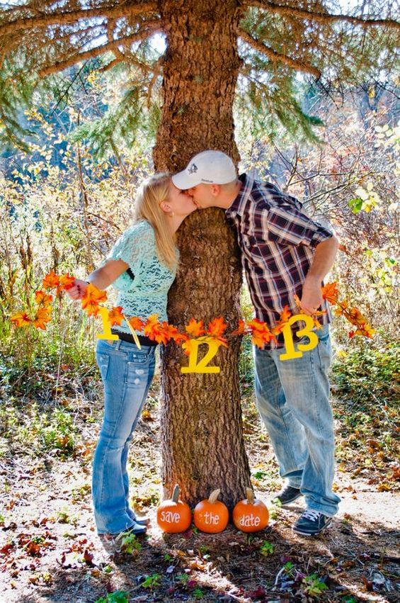 50 Fall Save The Date Amp Engagement Photo Ideas Hi Miss