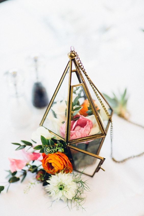 50 Glam Geometric Amp Terrarium Wedding Ideas Hi Miss