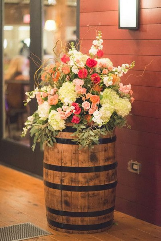 60 Rustic Country Wine Barrel Wedding Ideas Page 12 Hi Miss Puff