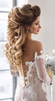 wow-worthy long wedding hairstyles