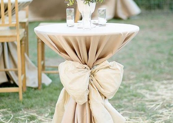 decorate wedding cocktail tables