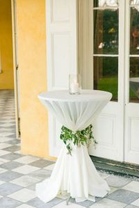 40 Incredible Ideas to Decorate Wedding Cocktail Tables ...