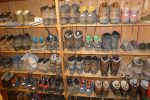 Schuhregal in einer DAV-Hütte