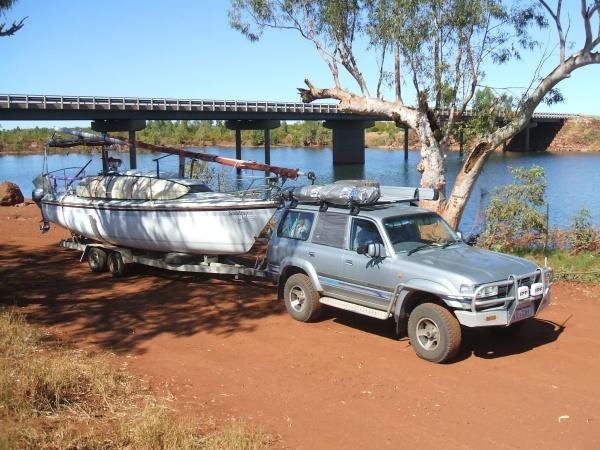 rig_at_pilbara_river.jpg