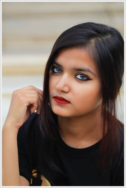 Attitude Girl Dp Images For Whatsapp (11)