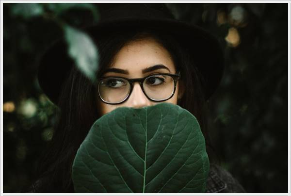 Hidden Face girl pic for fb dp