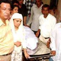 Ishrat Jahan fake encounter: CBI arrests first IPS officer #Justice #Gujarat