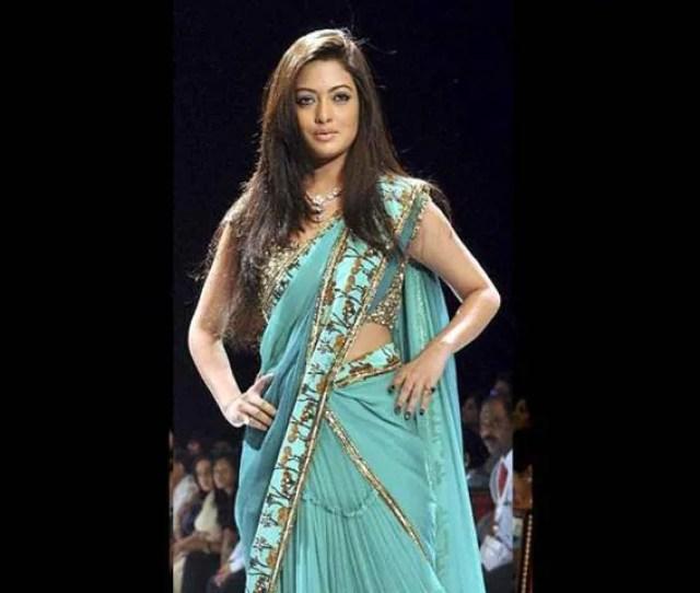 Actressriya Senludhiana