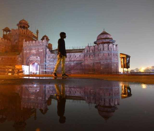 A View Of The Red Fort Lit Up At Night In Delhi The Existing Facade