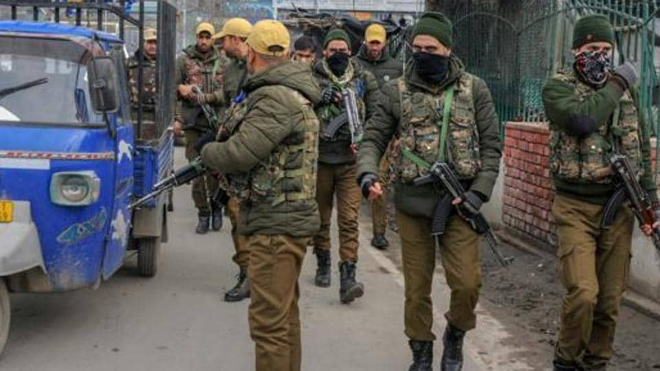 Government cracks down on separatists in Jammu and Kashmir