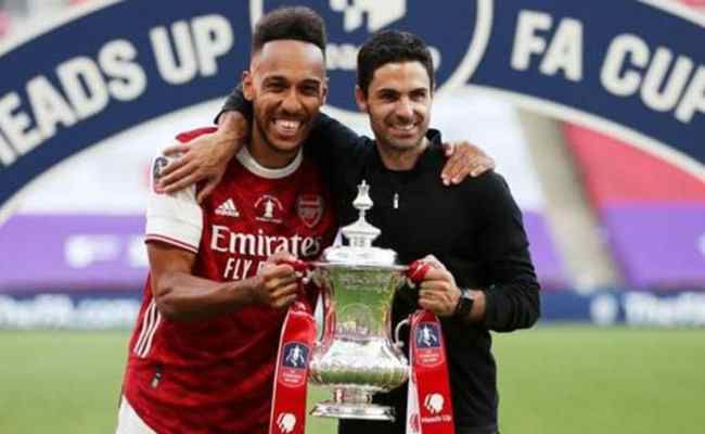 Pierre Emerick Aubameyang Signs New Three Year Contract