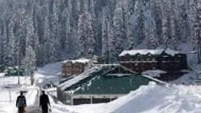 Sub-zero temperatures across Kashmir; coldest night of season in Srinagar