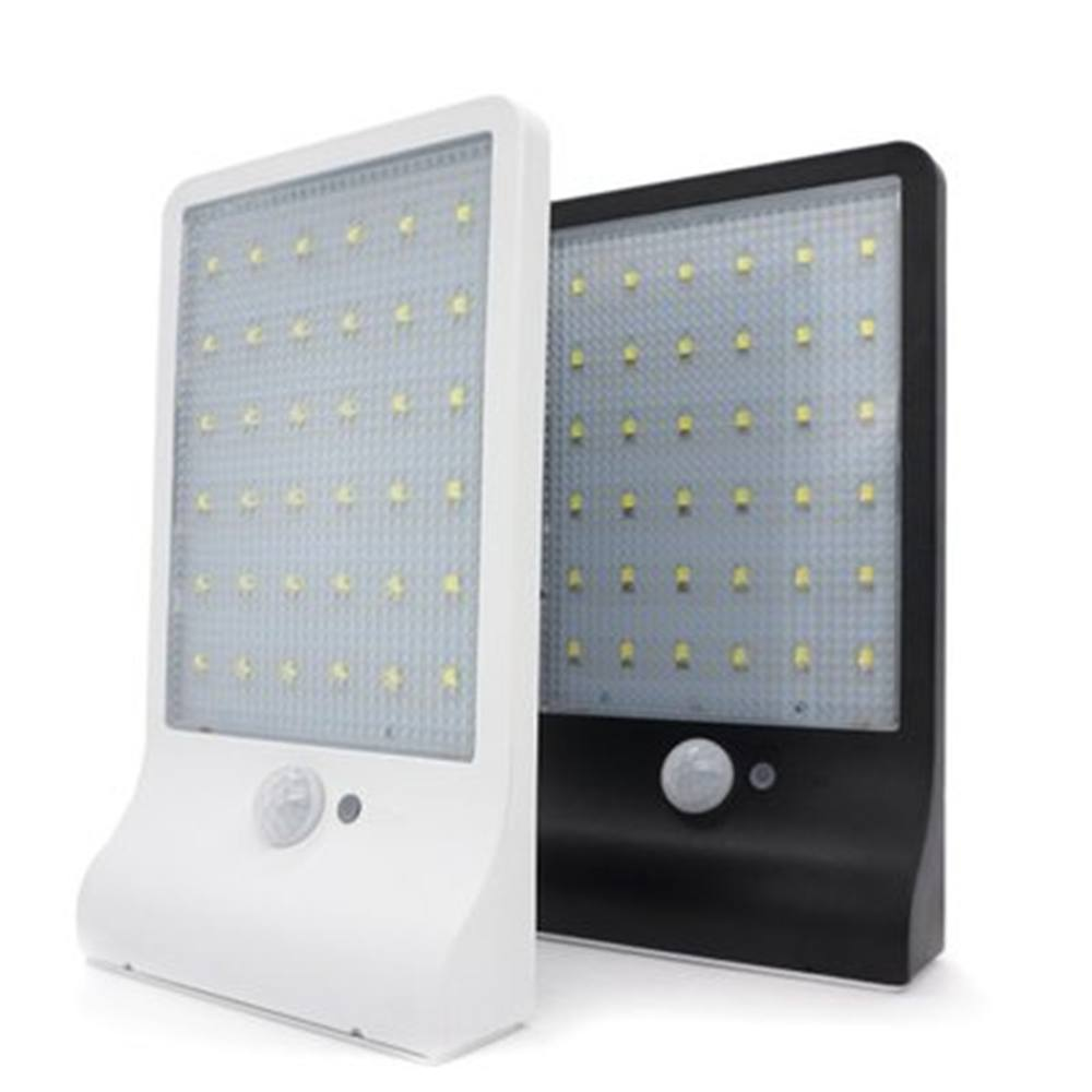 Outdoor Solar Powered Wall Mounted Lights Made in China