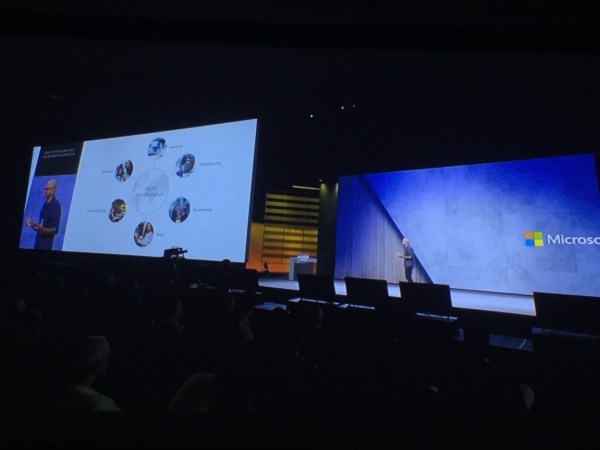 Microsoft Shows 'Mixed-Use Reality' as Collaborative Tool at Microsoft Ignite