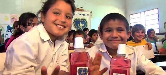 Regierung sorgt für die Rückkehr von virtuellem Unterricht an öffentlichen Schulen
