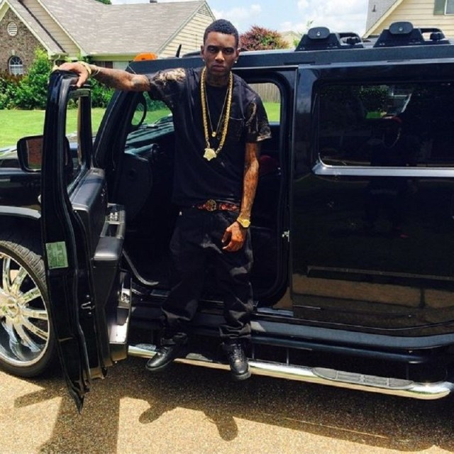 Young Money Rich Gang: Soulja Boy Shows Off His Car