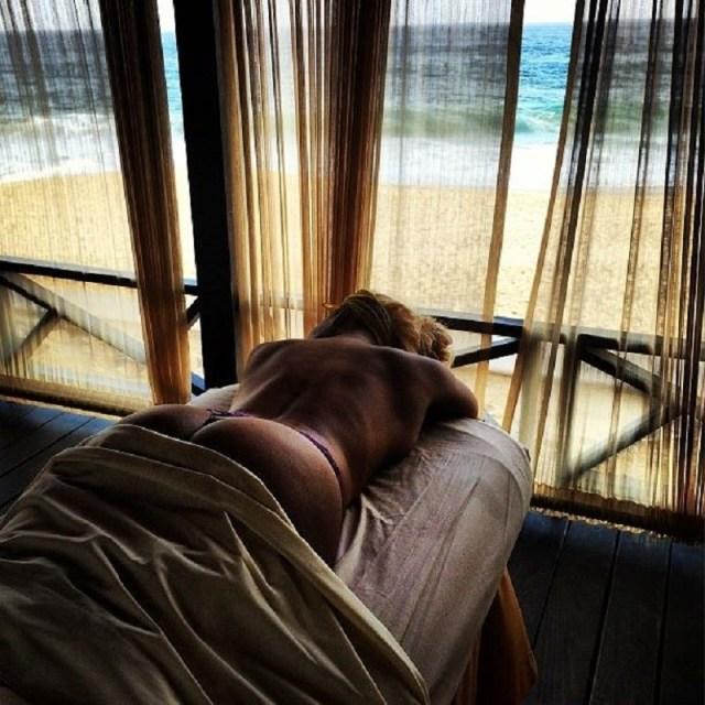 Tiffany Foxx beach 1